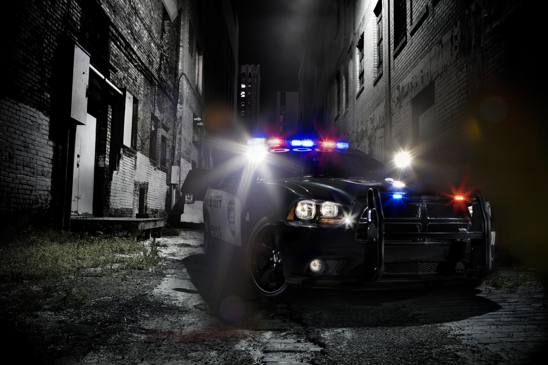 2011 Dodge Charger Pursuit Police Car Announced, Reveals ...