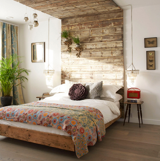 Faux Reclaimed Wood Wallpaper Or with reclaimed wood as a 540x541