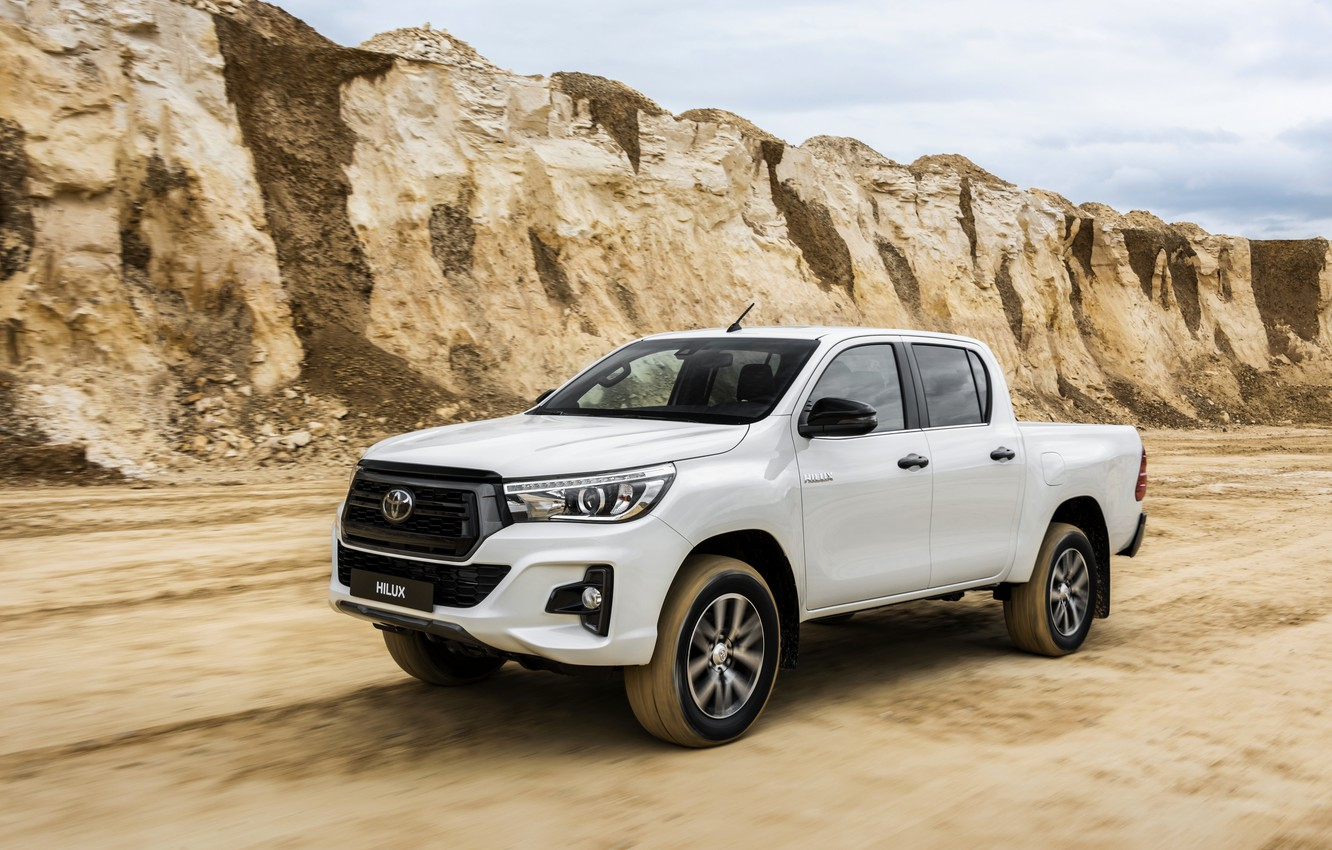 Wallpaper white Toyota pickup Hilux Special Edition 2019 1332x850