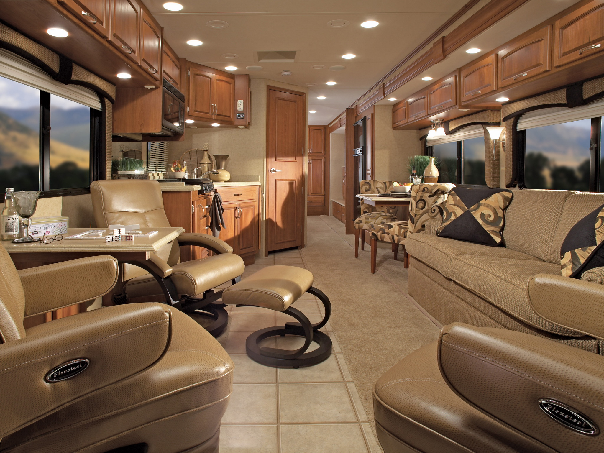 Rambler Vacationer Motorhome Camper Semi Tractor Interior Gg Wallpaper