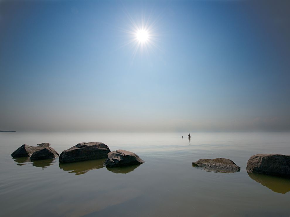 Lake Winnipeg Picture    Weather Wallpaper    National Geographic 990x742