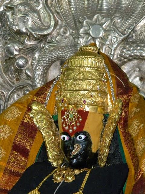 Mahalaxmi temple mumbai   Holiday and Vacation 480x640