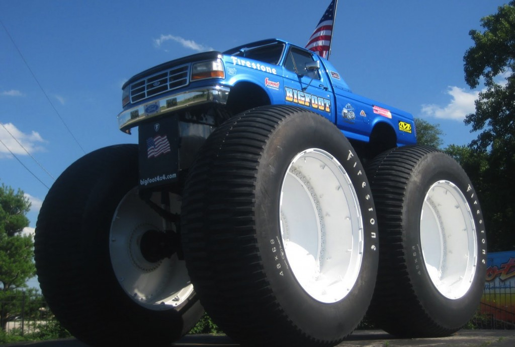 Bigfoot Monster Truck Wallpaper 1024x689