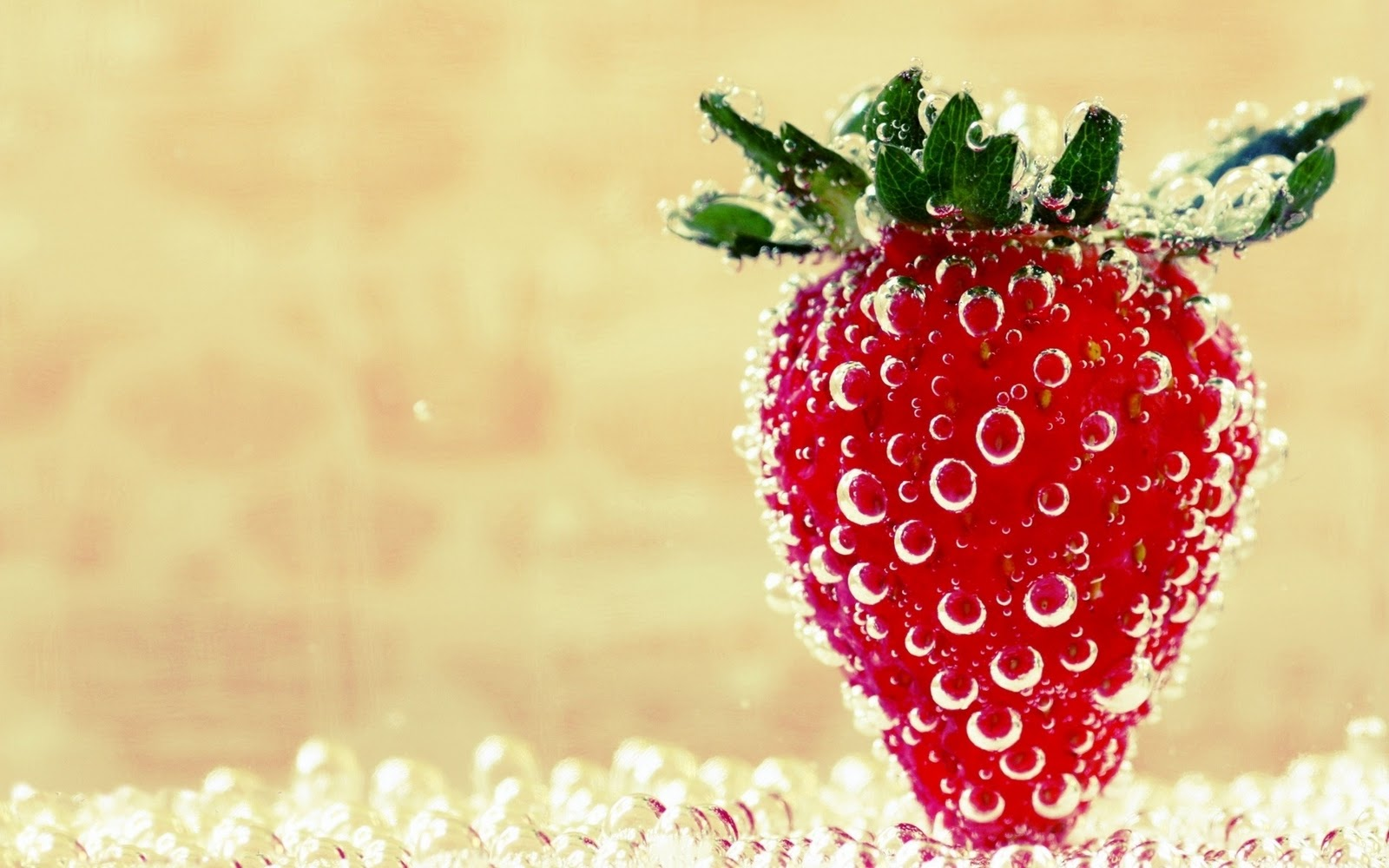 strawberry ice wallpapers strawberry wallpapers for desktop green 1600x1000