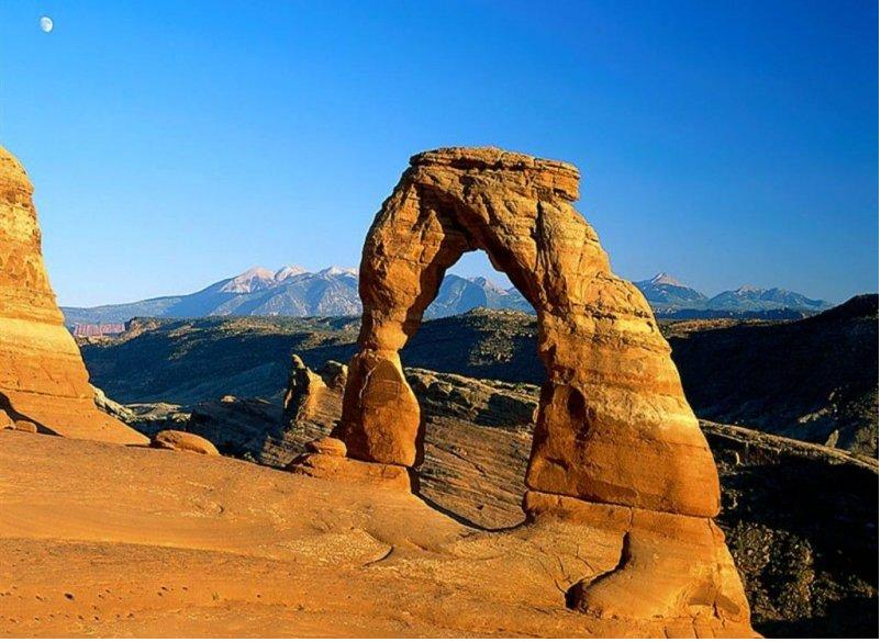 Delicate Arch Arches National Park Utah 802x585
