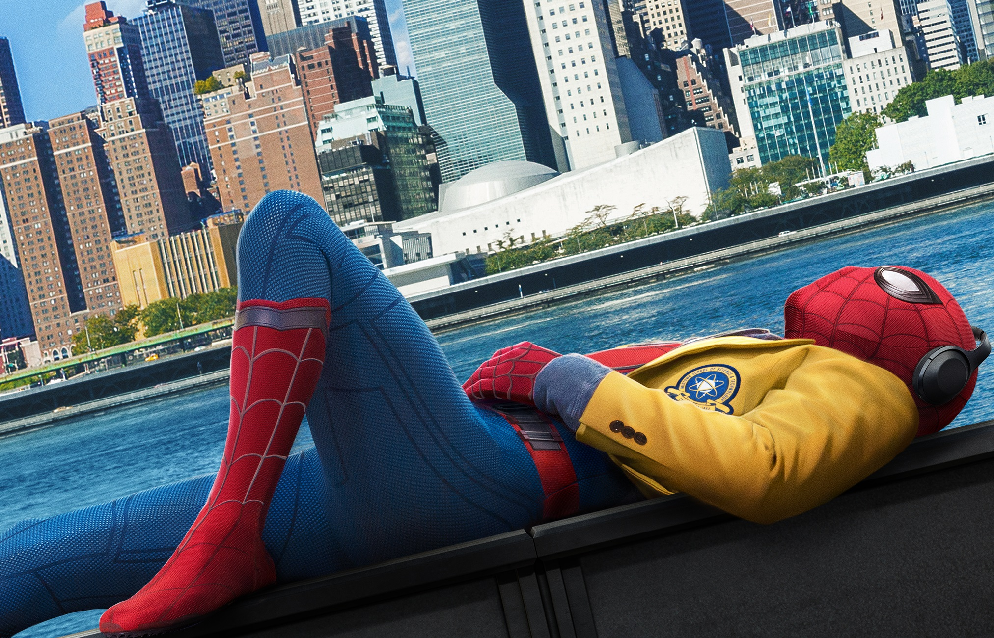Spider Man Homecoming HD Wallpaper Background Image 2024x1300 2024x1300