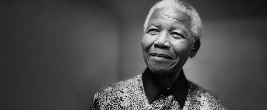 nelson mandela invictus Invictus (a tribute to nelson mandela) a motivating film also an opportunity to introduce mandela and south africa´s history the ws consists of elements about the movie as well as about mandela.