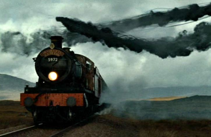 Hogwarts Express raided by Death Eaters 724x470