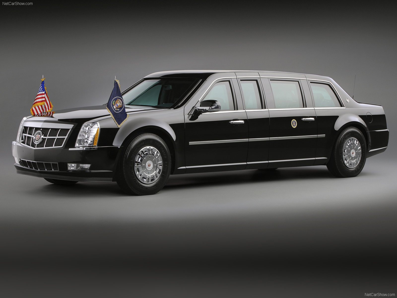 2 Cadilac Presidential Limousine HD Wallpapers Background Images 1600x1200