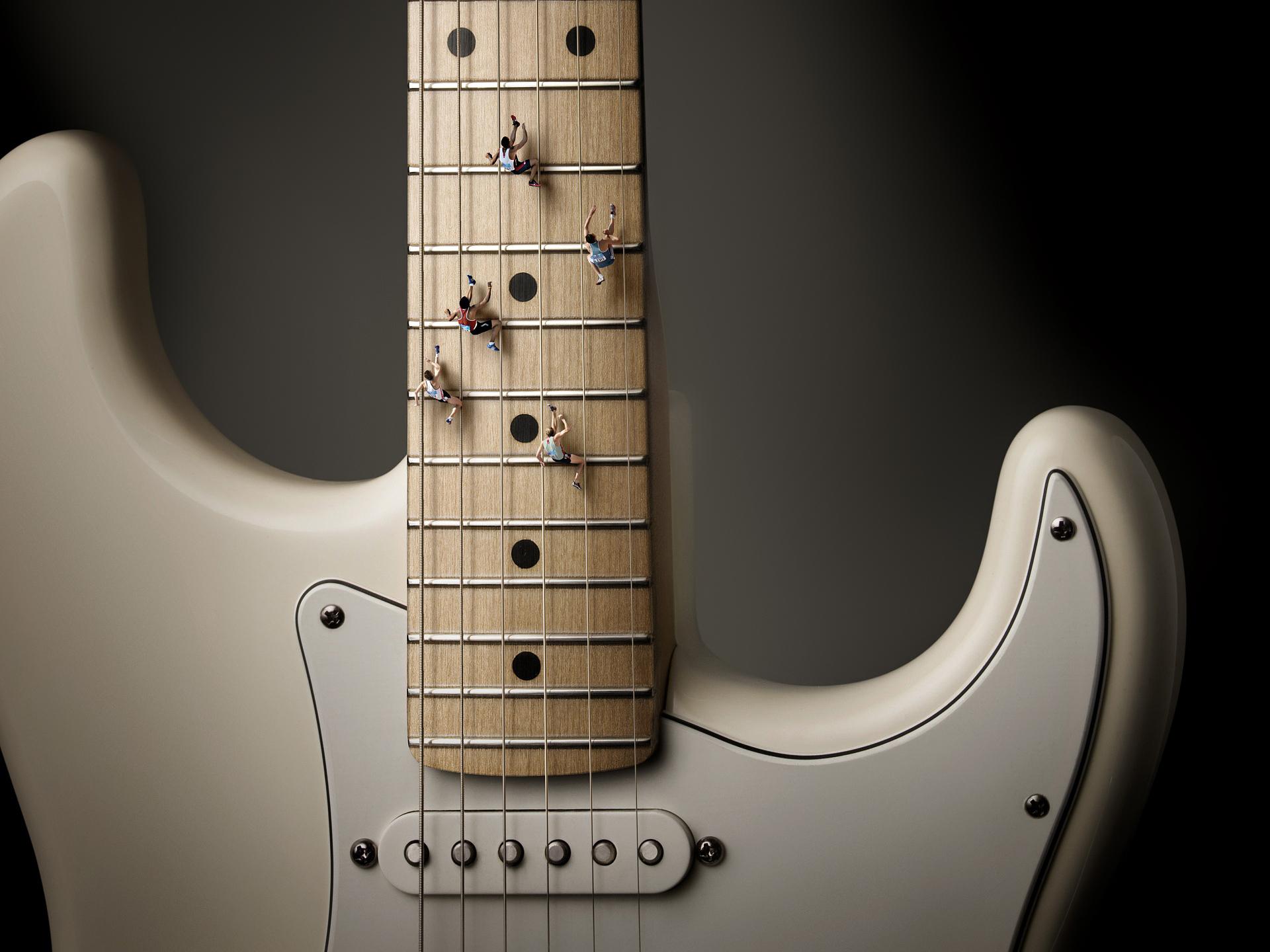 Guitar fender running 1920x1440