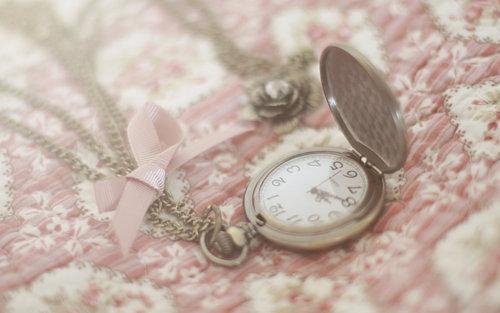 clock cute vintage   image 359078 on Favimcom 500x313