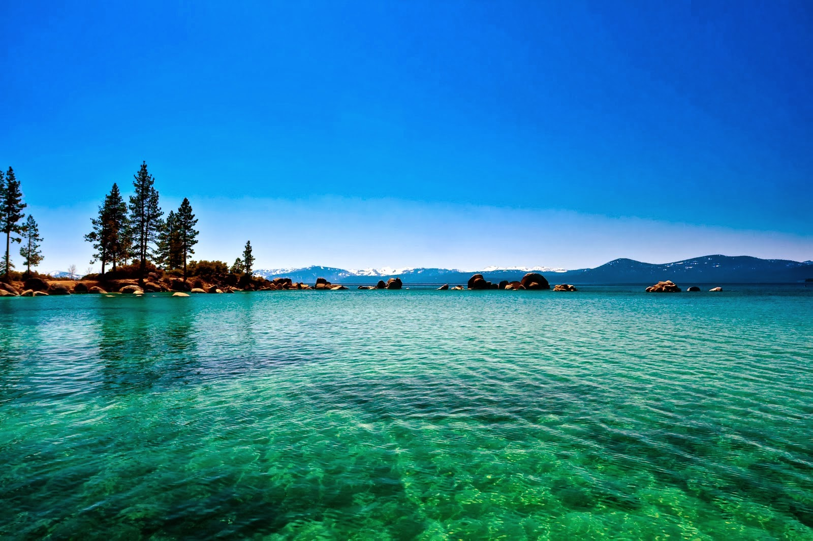 lake tahoe background wallpapers lake tahoe california nevada hd 1600x1065