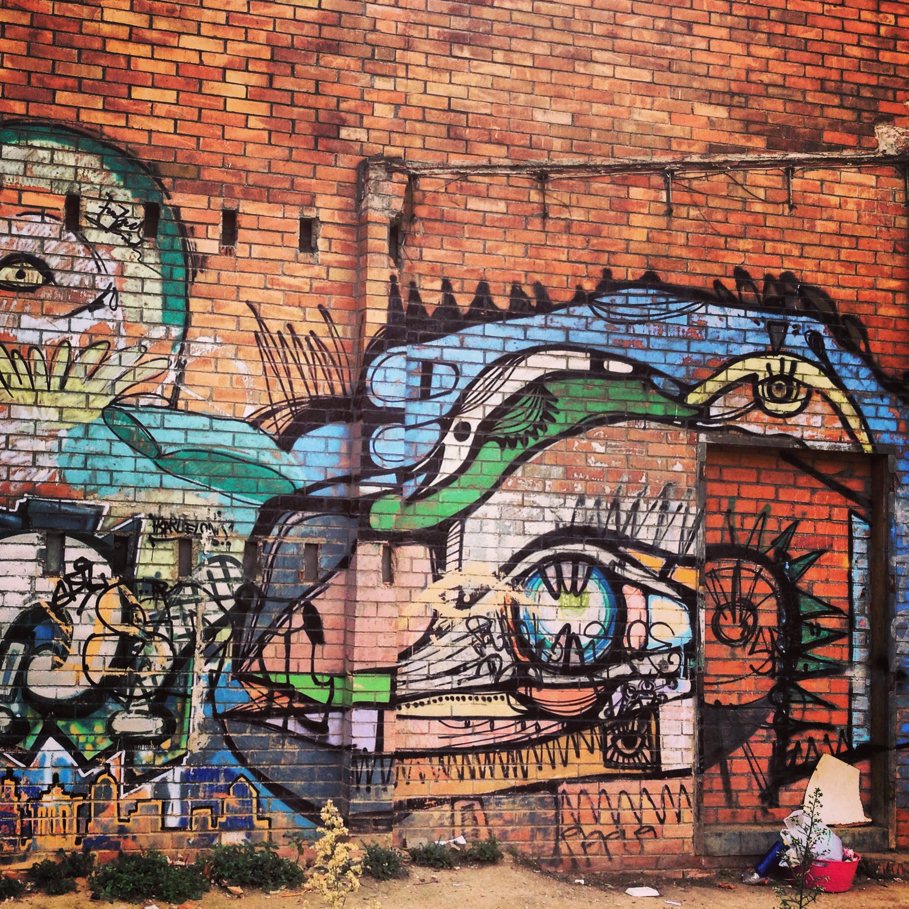 [50+] Graffiti Brick Wallpaper On WallpaperSafari