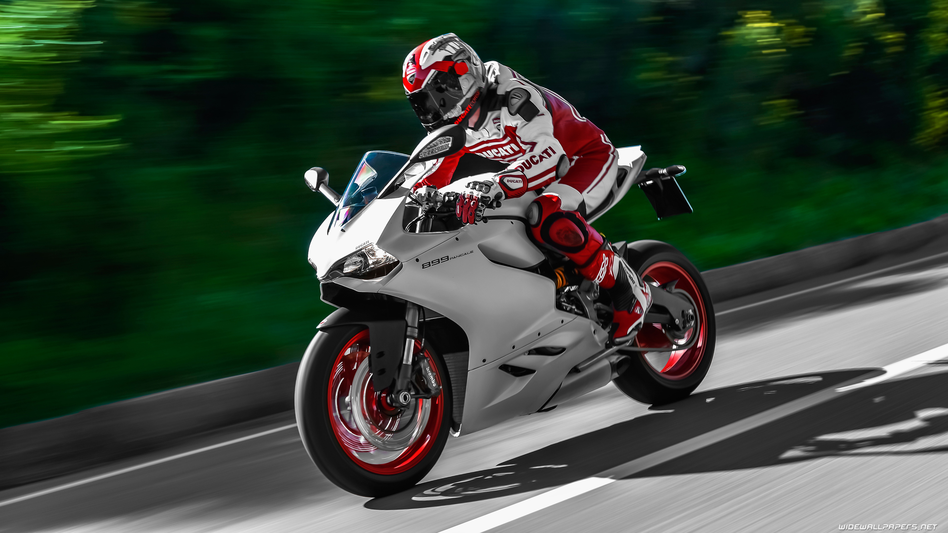 Ducati Motobike Wallpapers For Pc: Ducati Panigale Wallpapers
