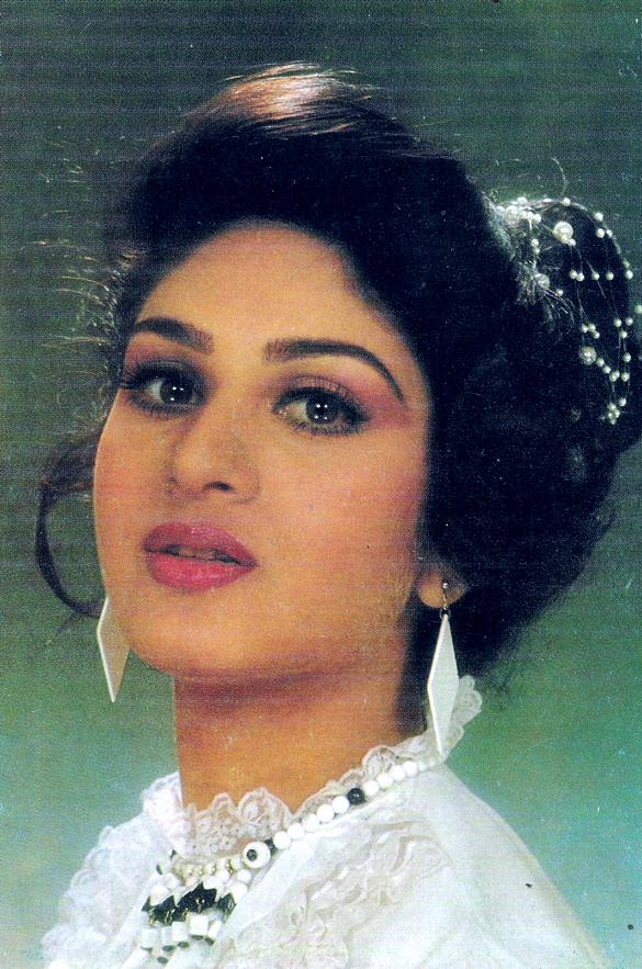 Images and Places Pictures and Info meenakshi sheshadri photo 585x883
