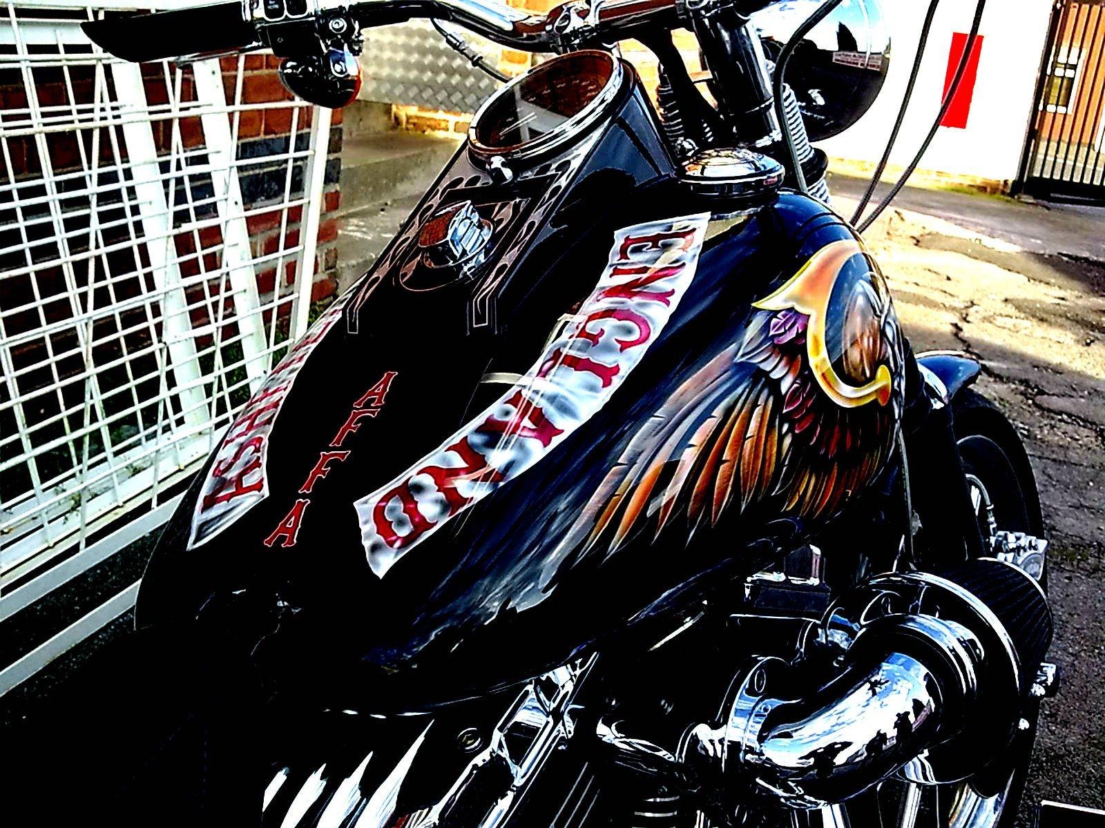 Alfa img   Showing Outlaw Biker Wallpaper HD 1600x1200