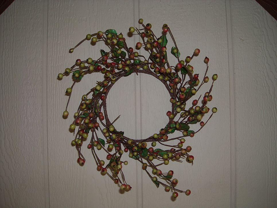 12 Inch Loganberry Wreath Multi 966x725