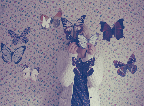 butterflies girl photography vintage wallpaper   image 280025 on 500x366