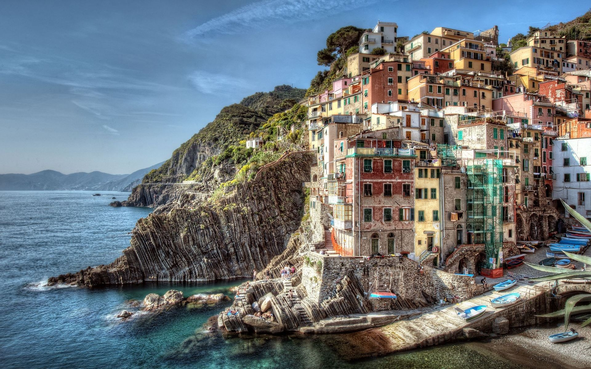 Riomaggiore Italy wallpapers and images   wallpapers pictures 1920x1200