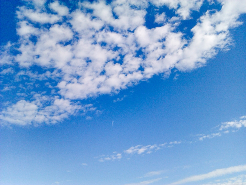 Sky background with clouds   4 Photos   Highres 800x602