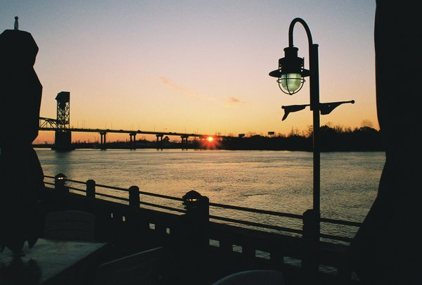 Wilmington NC at sunset Photo 600x405