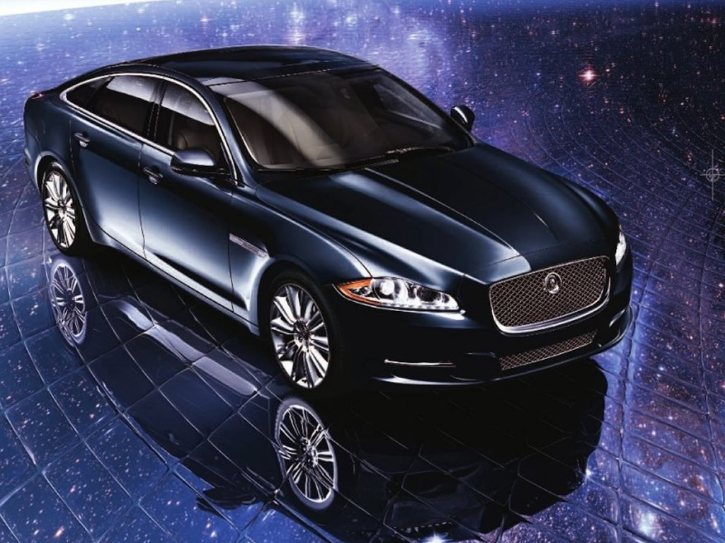 Jaguar Car Live Wallpaper 1024x768