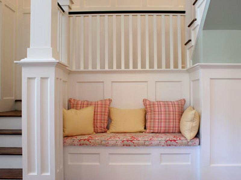 Simple Ways To Install Faux Wainscoting Wallpaper Brick Wall Wallpaper 800x600