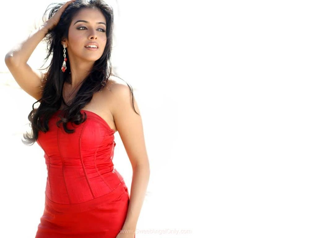 Arbaaz Khan to host a celebrity chat show Pinch; Kareena ...