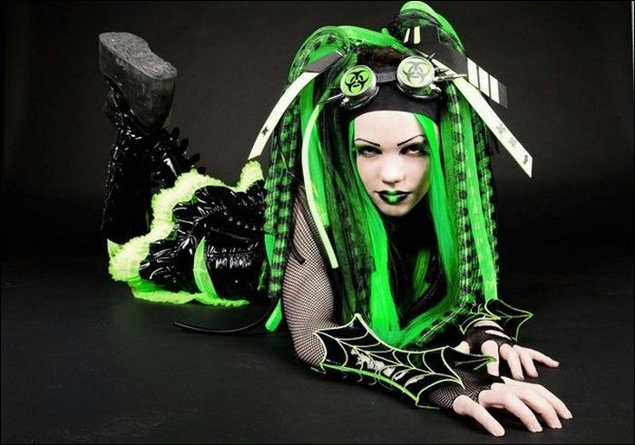 Cyber Goth Girls Damn Cool Pictures 700x491