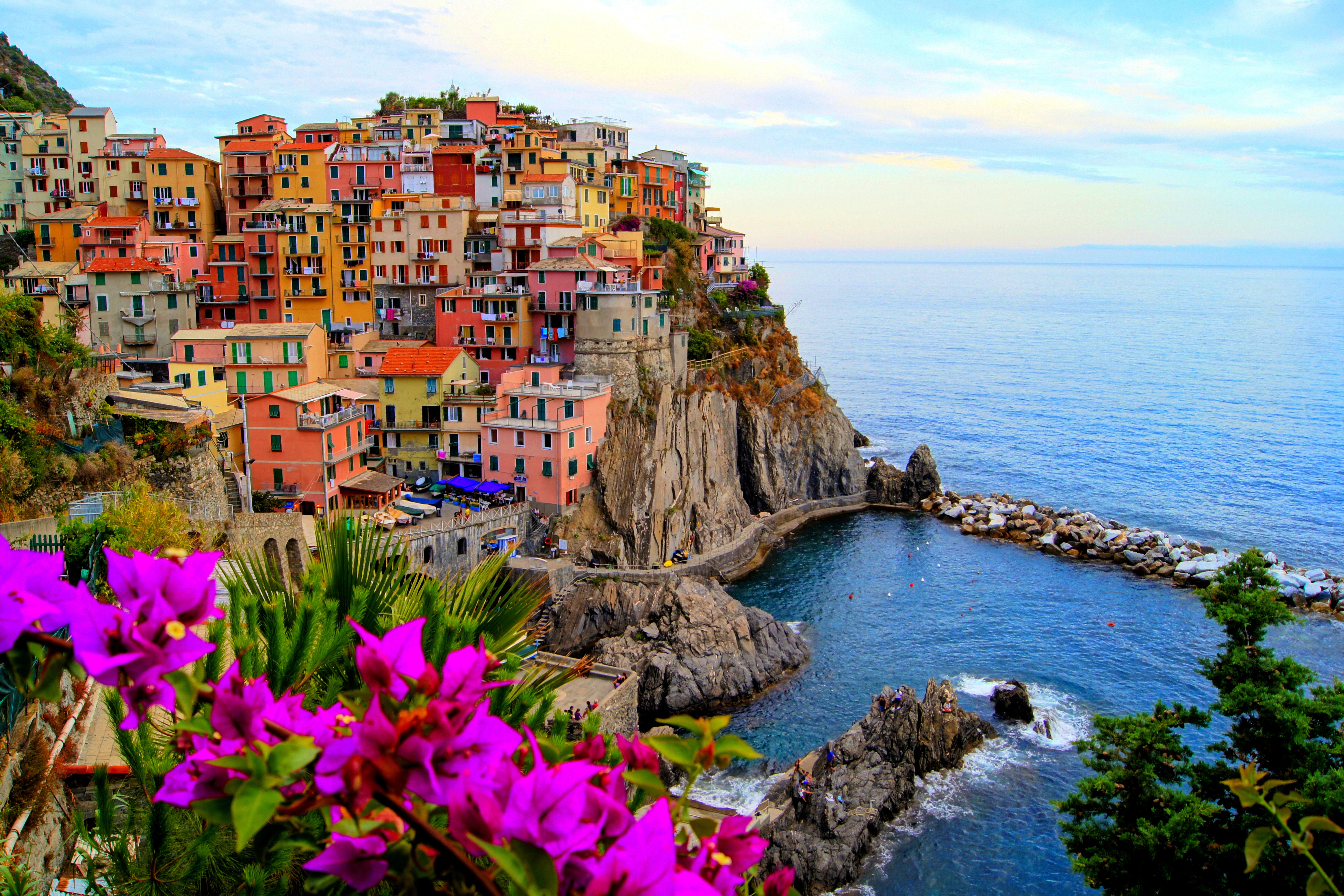 Download wallpaper vernazza italya city sea desktop 8820x5880