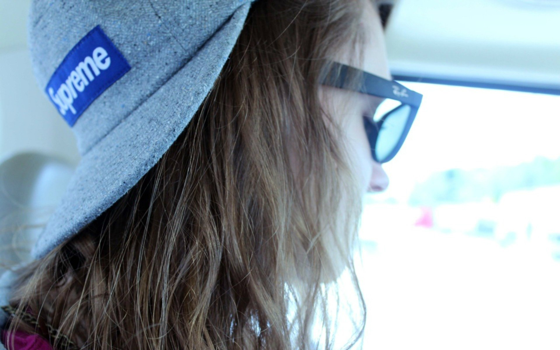 The girl wearing a cap supreme wallpapers and images   wallpapers 1920x1200
