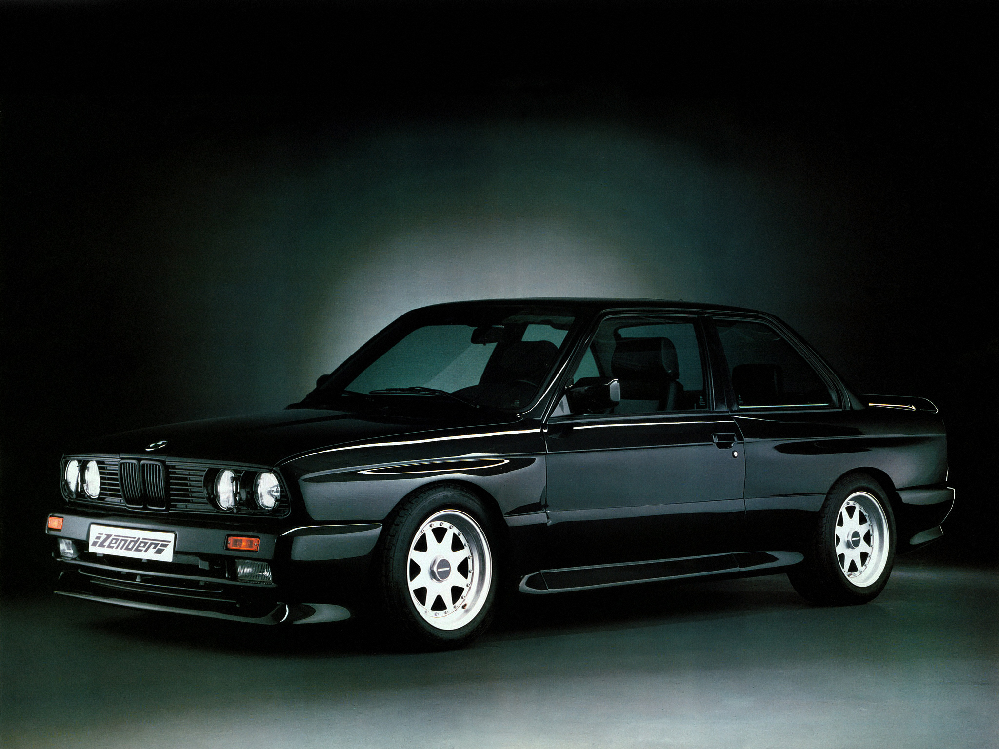 Posted in BMW M3 E30 Tuning BMW M3 Zender E30 2048x1536