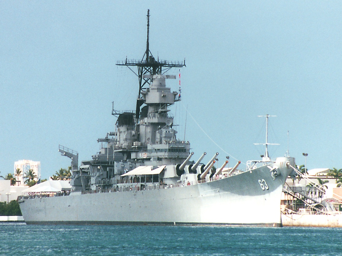 USS Missouri at Pearl Harbor click here to open a new window with 1152x864