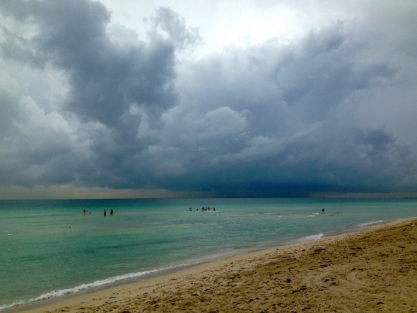 Thunderstorm Beach Wallpaper A thunderstorm blows in from 590x442