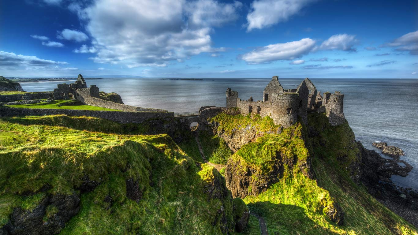 Dunluce Castle County Antrim Northern Ireland Gareth Wray 1366x768