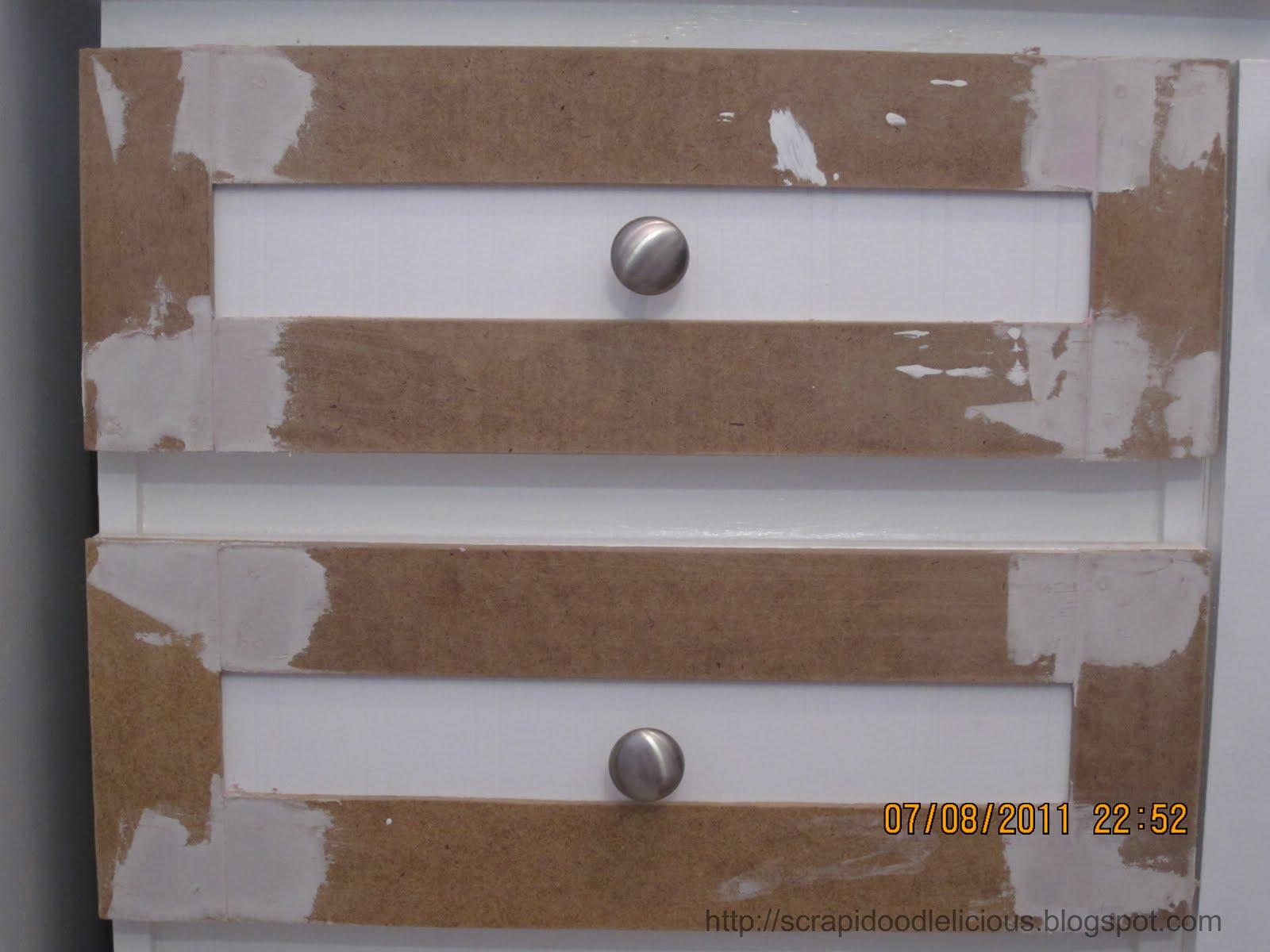 Scrapidoodlelicious Beadboard Wallpaper in Kitchen Cabinets 1600x1200