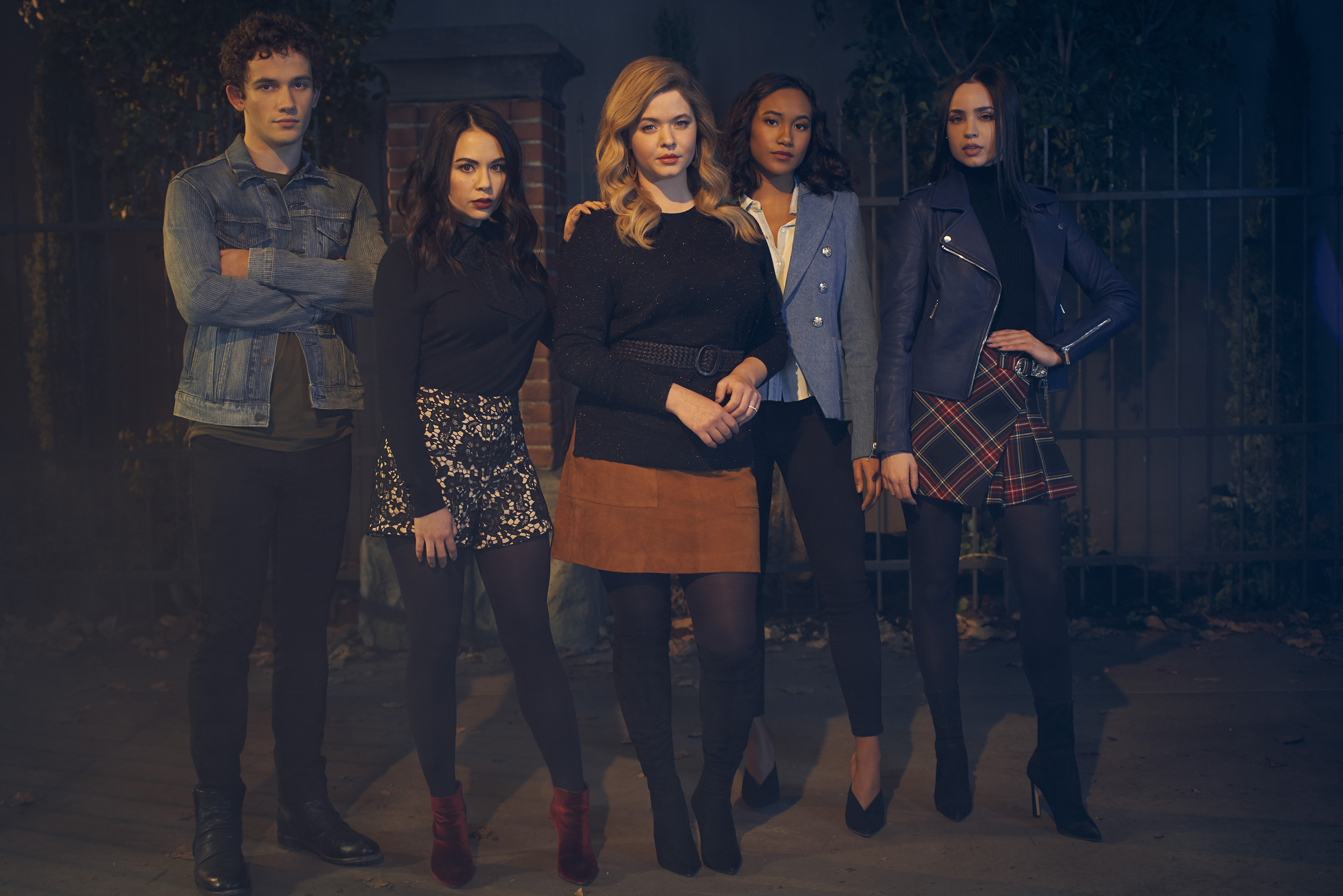 Pretty Little Liars The Perfectionists HD Wallpaper Background 3000x2001