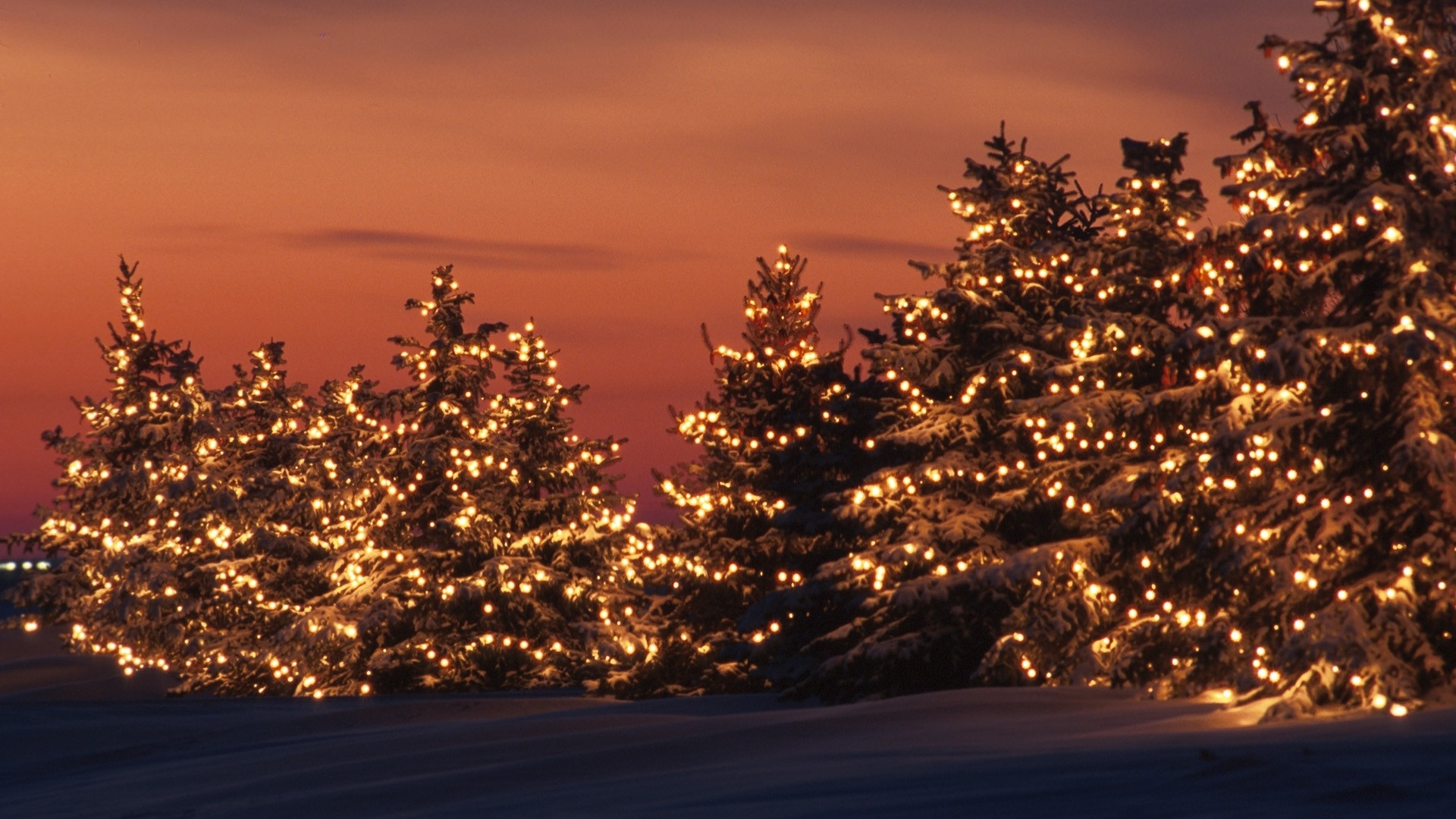 Christmas Lights Aesthetic Vintage Christmas Desktop Wallpaper