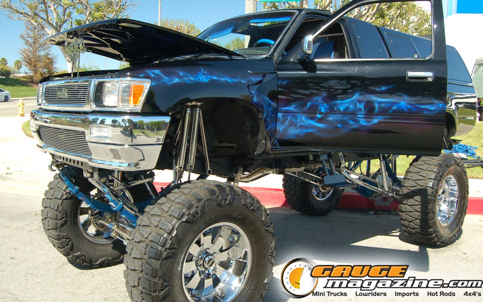 Gauge Magazine Toyota 4x4 Truck Wallpaper from Relaxin in So Cal 1600x1000