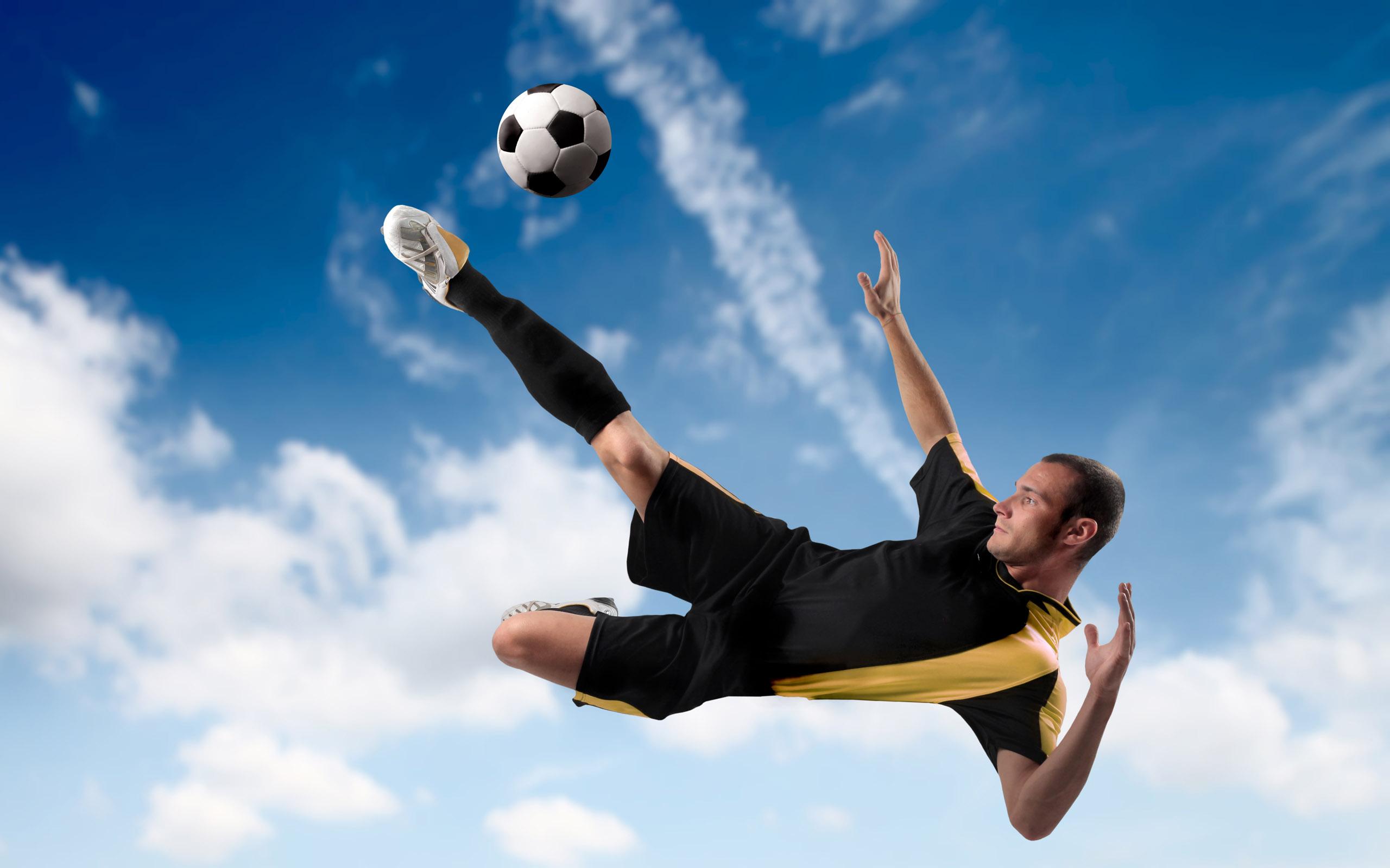 soccer   Soccer Photo 26649442 2560x1600