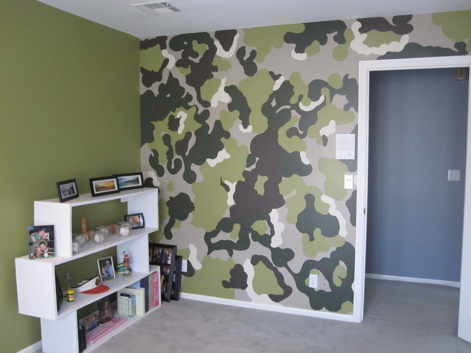 The camo wall colors didnt really go with the rest of the house so we 1600x1200
