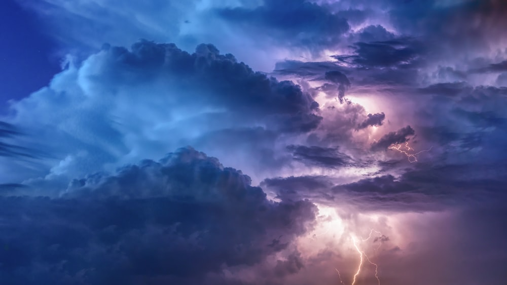 27 Thunder Pictures Download Images on Unsplash 1000x563