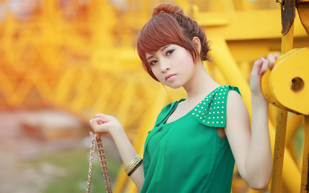 Beautiful Vietnamese Girls Wallpapers Most beautiful places in the 1024x640