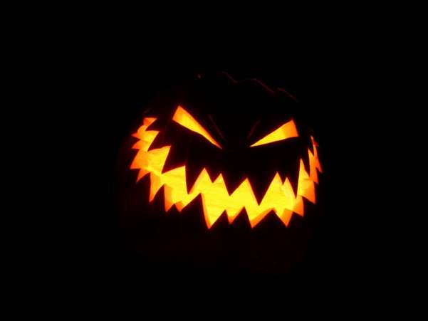 50 Halloween Wallpapers To Get You Into The Halloween Spirit Ginva 601x451