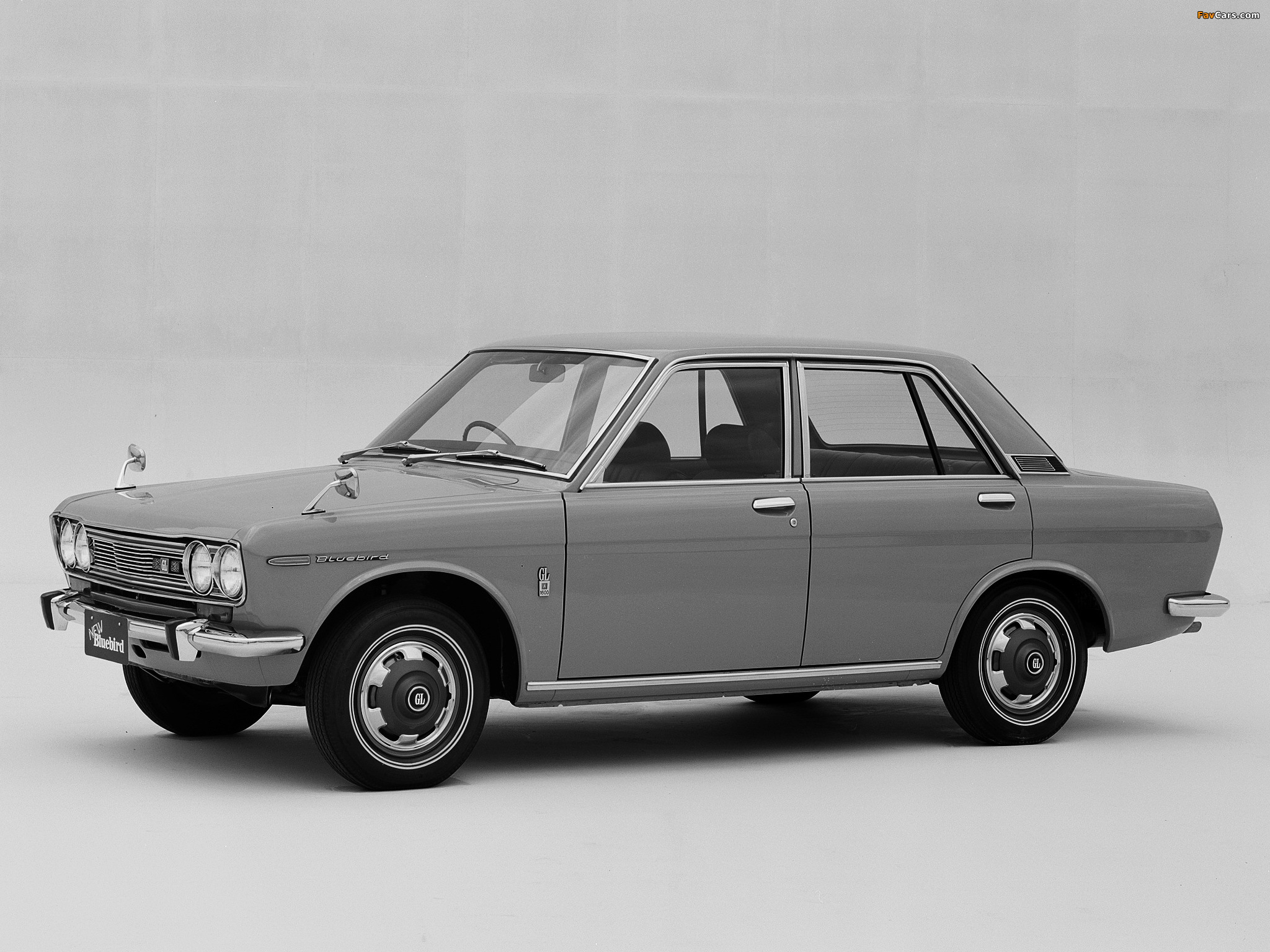 Datsun Bluebird 4 door Sedan 510 196772 wallpapers 2048x1536