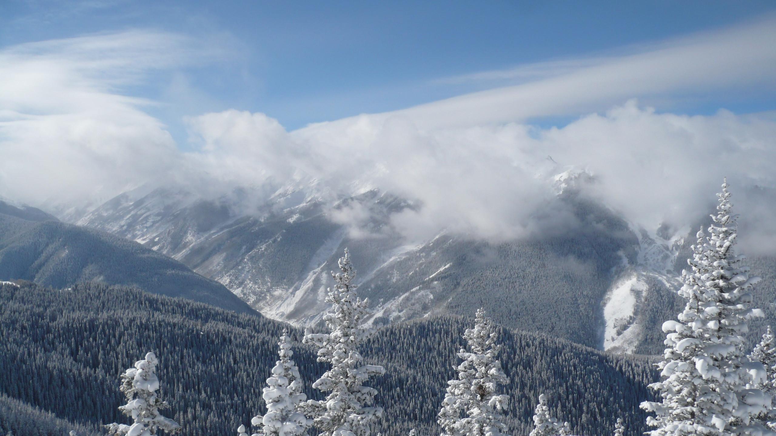 BOT] Best skiing backdrop Snowmass CO WQHD Wallpaper 2560x1440