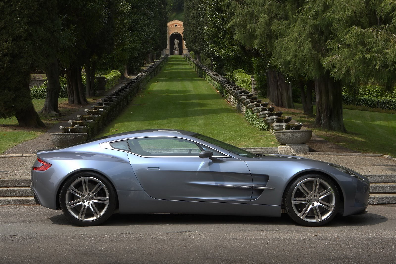 Aston Martin One 77 Wallpaper 1600x1067