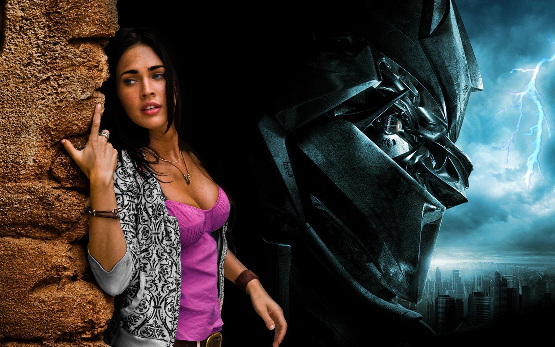 Megan Fox Transformers 66168 HD Wallpaper Res 1920x1200 DesktopAS 1920x1200
