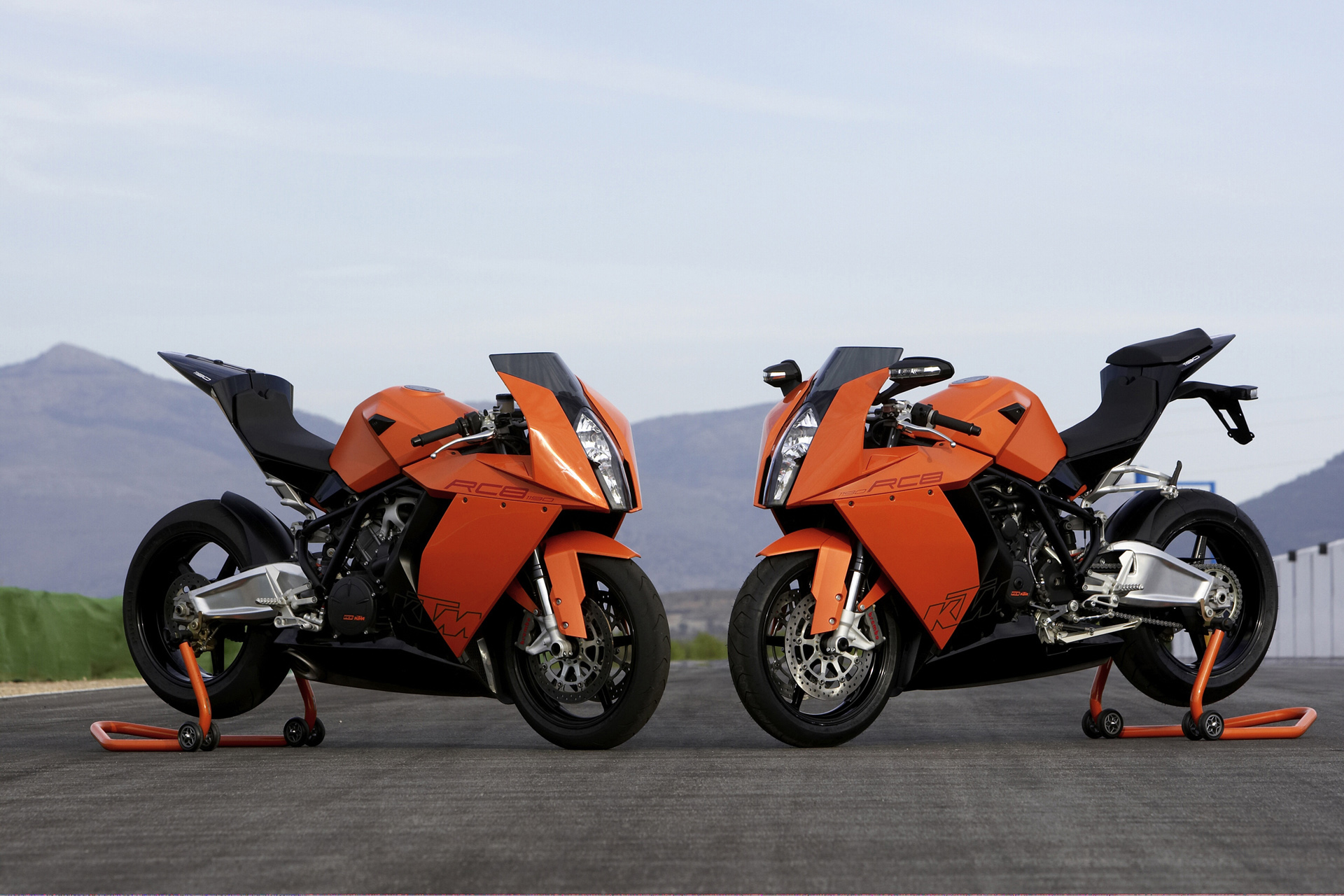 KTM 1190 RC8 Twins Wallpapers KTM 1190 RC8 Twins Myspace Backgrounds 1920x1280