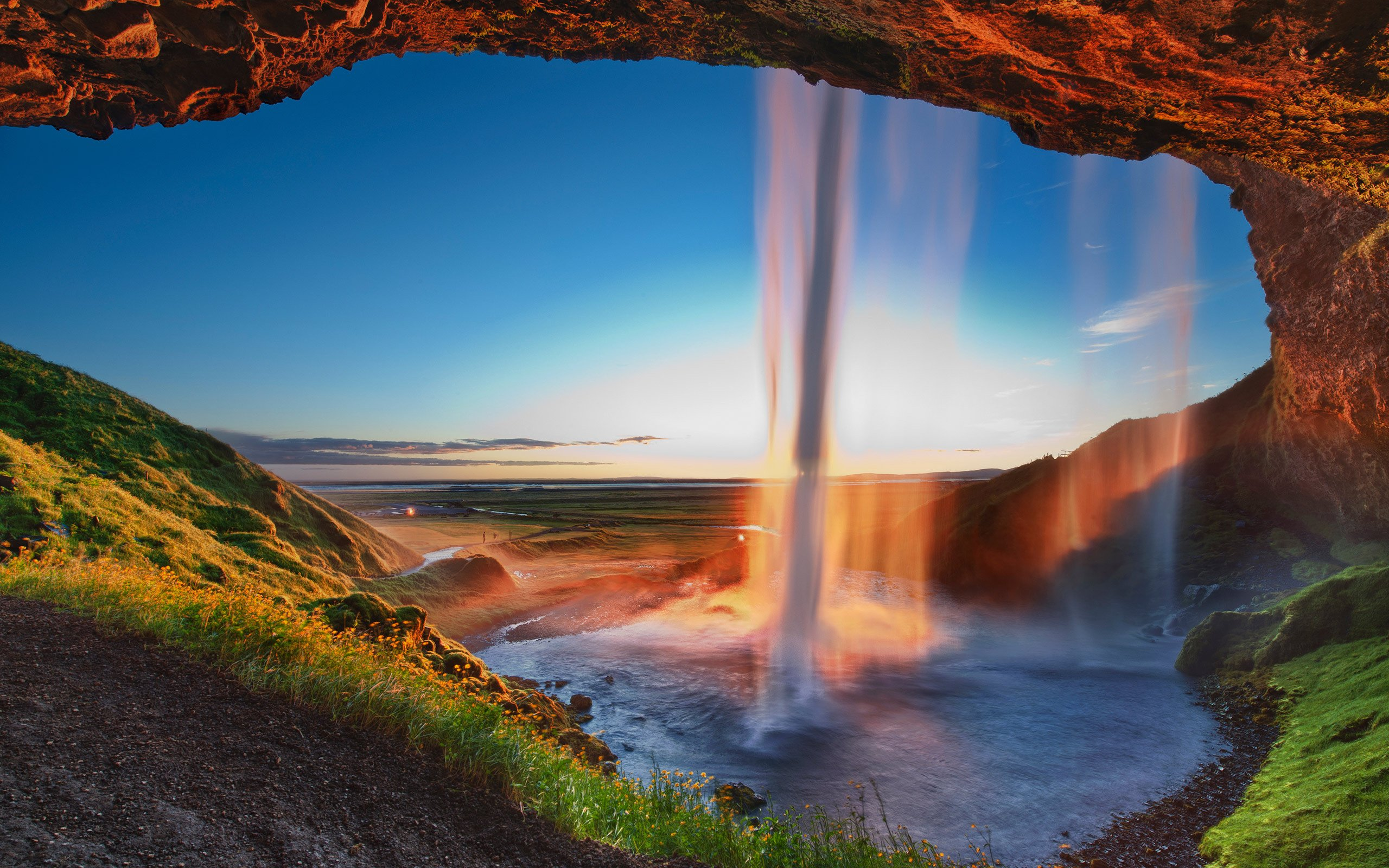 Waterfall Iceland Seljalandsfoss wallpaper 2560x1600 282516 2560x1600